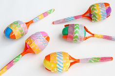 In this easy DIY maracas craft, you'll learn how to make your own musical instruments with inexpensive items and in less than 30 minutes with your little one! Step by step instructions and detailed photos make this tutorial easy to follow.