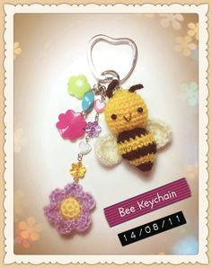 INSPIRATION: Crocheted Bee Keychain