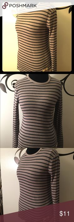Lot of 2 Hollister Striped Henley Shirts EUC Lot of 2 Hollister Shirts: gray and navy striped long sleeved Henley style thermal tee and pink and blue striped stretchy long sleeve tee. Hollister logo patch on right hem of both. Soft and comfy. Both Size Small. Hollister Tops Tees - Long Sleeve