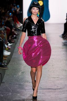 Jeremy Scott Spring 2017 Ready-to-Wear Fashion Show - Daphne Groeneveld