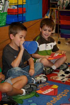 Mrs. Lee's Kindergarten: Name Cheers!