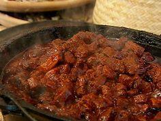 La deliciosa Carne de Cerdo Adobada es un platillo casero de gran sabor y ademas, abundante. Con esta receta, usted podrá preparar el almuerzo para toda la familia.