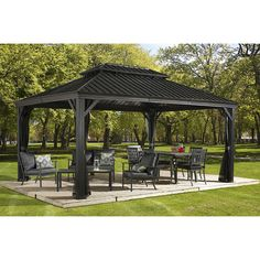 Sojag Messina Galvanized-Steel-Roof Sun Shelter