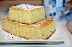 Romanian Desserts, Romanian Food, French Desserts, Vanilla Cake, Sweet Tooth, Sweet Treats, Cheesecake, Deserts, Dessert Recipes