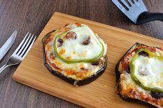 Μίνι Μεσογειακές Πίτσες με Μελιτζάνα | Nutricookbook Avocado Egg, Eggs, Breakfast, Food, Breakfast Cafe, Egg, Essen, Yemek, Avocado Egg Boats