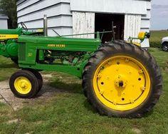Jd Tractors, John Deere Tractors, John Deere Equipment, Old Farm Equipment, Pedal Cars, Good Ole, Old Cars, Farms, Toy