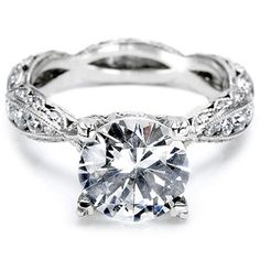 my man better get me this or something similar...in love with a ring