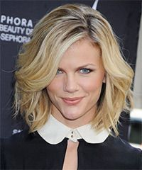 For me like both the color and style   Brooklyn Decker Hairstyle: Casual Medium Wavy Hairstyle Styling Steps