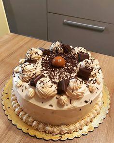 παρακάτω Dear Santa, Cooking Recipes, Birthday Cake, Chocolate, Desserts, Food, Tailgate Desserts, Deserts, Chef Recipes