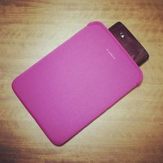 iPad の周辺機器を見に行って、レリビィ用にケースを買った。 ハクバ製 500円。 お買得。 - @kazzen | Webstagram