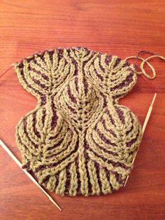 Brioche knitting.  Видео:   http://www.youtube.com/watch?v=0W5Q_SAVscQ&index=5&list=PLJmaRUQdsoftEjuUkZRraeZFo9un_zTif