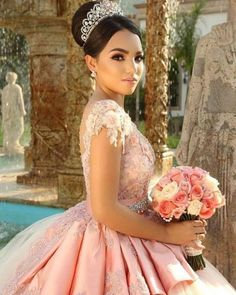 Quinceanera dress - The biggest part of the quinceanera for a girl turning fifteen would be the dress! The most perfect quinceanera dress makes the birthday girl feel like royalty. Sweet 15 Dresses, Pretty Dresses, Beautiful Dresses, Xv Dresses, Quince Dresses, Quinceanera Themes, Quinceanera Dresses, Quinceanera Photography, Quinceanera Hairstyles