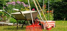 The garden preparation that you do now will bear fruit in a few months! Don't miss these 5 ways to prepare your garden for Spring. Easy Home Decor, Handmade Home Decor, Handmade Crafts, Basketball Is Life, Basketball Tips, Garden Projects, Garden Tools, Crafts For Teens, Teen Crafts
