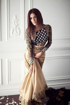 Z Fashion Trend: BEAUTIFUL EMBROIDERED INDO WESTERN PARTY WEAR DRES...