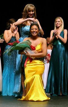 @ChastaShasta Chasta Nechvatal crowned Miss #Anaheim 2007 #MissCalifornia #MissAnaheim #MissAmerica