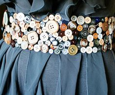 Cute as a button belt! Might try and make one myself))