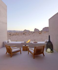 Live in luxury 💫 featuring the renowned Amangiri Utah resort. Who else would kill for a holiday there right about now? Home Interior, Interior And Exterior, Beach House Style, Casa Hotel, Interior Design Minimalist, Desert Homes, Oh The Places You'll Go, Best Hotels, Luxury Hotels