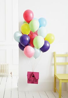 This is just totally adorable and modernly whimsical. Would be great decor for a kid's party #DIY