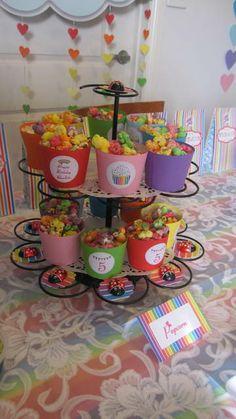 Popcorn at a Rainbow unicorn party #rainbow #unicorn