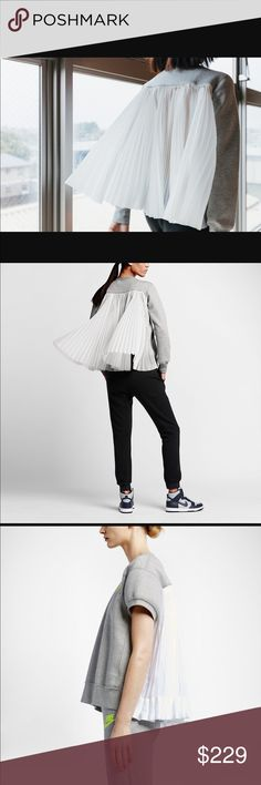 NikeLab x Sacai Pleated Crew Sweatshirt - Grey Brand New with Tags.  Tag price $325.       Remixes the classic sport crew design with voluminous accordion Ripstop pleats in the back for a dramatic effect The unexpected pleats blend fluidly into soft Tech Fleece fabric that keeps you warm without the bulk  Benefits Rib crew neck  Cuffs and hem for durability and comfort  Nike Tech Fleece offers soft, lightweight warmth  Mesh-lined side pockets for convenient storage  Fabric: 70% Cotton/30%…