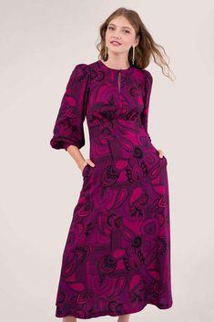 Closet Purple Puff Sleeve A Line Dress London Free, Fake Tan, Color Pairing, Edgy Look, Paisley Print, Free Spirit, Purple, Closet, Dresses