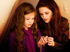 Renesmee and Bella