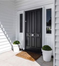 Our Hampton Style Forever Home: Hamptons Queenslander House Front Door, House With Porch, House Entrance, Die Hamptons, Hamptons Style Homes, Building A Porch, Building A House, Facade Design, House Design