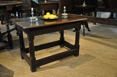 A MID 17TH CENTURY OAK CHILDS/OCCASIONAL REFECTORY TABLE. ENGLISH. CIRCA 1640.