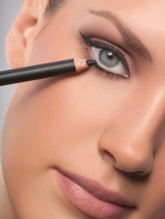 3 easy makeup tips to make your eyes look amazing. - Click image to find more Hair & Beauty Pinterest pins