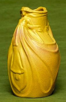 Van Briggle Pottery, Dos Cabesos Vase, c. two women with extremely fine detail clad in long flowing gowns under an exceptional yellow and rose matt glaze, incised marks, in. Roseville Pottery, Antique Pottery, Mccoy Pottery, Ceramic Pottery, Pottery Art, Earthenware, Stoneware, Mission Style Homes, Carlton Ware