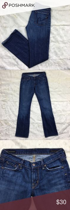 "Citizens of Humanity Kelly Low Waist Boot Stretch Citizens of Humanity Kelly Low Waist Boot Stretch Jeans.  Size 27.  ▪️Waistband:  15"" ▪️Rise:  7"" ▪️Inseam: 32"" ▪️Condition: excellent - normal minor wear on hem - see last photo   No trades. Offers warmly welcomed Citizens Of Humanity Jeans Boot Cut"