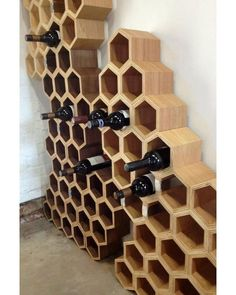 DIY Wine Racks You are in the right place about DIY Wine Rack farmhouse Here we offer you the most beautiful pictures about the DIY Wine Rack built in you are looking for. When you examine the DIY Win Woodworking Furniture, Diy Woodworking, Diy Furniture, Bois Diy, Do It Yourself Furniture, Wood Wine Racks, Small Wood Projects, Wine Cabinets, In Vino Veritas