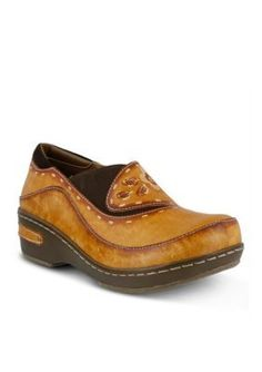 LrsquoArtiste by Spring Step Natural Burbank Clog
