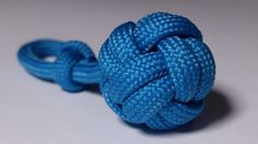Do you like keychain balls? Did you try to make a Monkey fist keychain? Now it's tme to try something different. It may looks hard, but it is really easy to do.