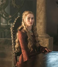 Cersei Game of Thrones - Season 3 Episode 3 Game Of Thrones Dress, Game Of Thrones Sansa, Daenerys And Jon, Cersei And Jaime, Go To Movies, Action Movies, Queen Cersei, Michelle Fairley, Winter Is Coming