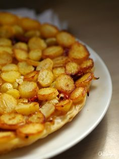 tarte tatin aux pommes de terre nouvelles Roasted Potatoes, Potato Recipes, Cooking Time, I Foods, Entrees, Macaroni And Cheese, Brunch, Food And Drink, Veggies