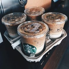 Starbucks drinks are often full of sugar. So here are 11 low-sugar and low-cal healthier Starbucks drinks for you to try out on your next order! Starbucks Diy, Bebidas Do Starbucks, Healthy Starbucks Drinks, How To Order Starbucks, Starbucks Iced Coffee, Yummy Drinks, Healthy Drinks, Yummy Food, Healthy Food
