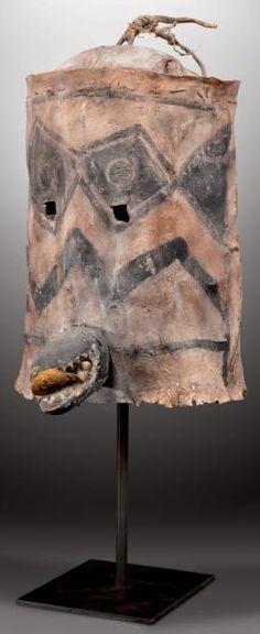Masque heaume. RIO GRANDE, JEMEZ?, Nouveau-Mexique. Ca. 1880