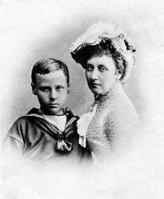 Grand Duchess Alice of Hesse and by Rhine with son Hereditary Grand Duke Ernst Ludwig of Hesse and by Rhine. MISSING LINK (ACtually, this is Louise with nephew Ernst Ludwig)