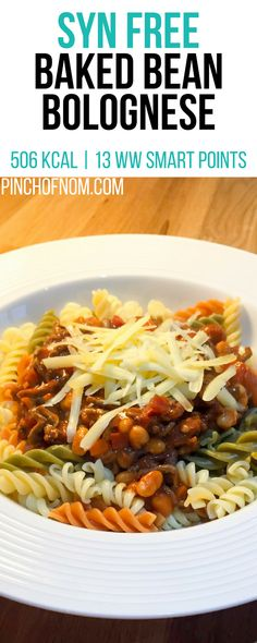 Our thrifty, slimming friendly Baked Bean Bolognese is a great way to feed the family and is perfect whether you're counting calories or Weight Watchers. Slimming World Dinners, Slimming World Breakfast, Slimming World Recipes Syn Free, Slimming World Diet, Slimming Eats, Slimming Word, Clean Eating, Healthy Eating, Healthy Food