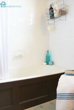 Remodelando la Casa: Bathtub Wood Panel Cover