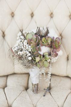 Dreamy Chic & Effortless Bridal Inspiration from California 2019 succulents cotton wedding bouquet flowers image by Colleen Riley colleenrileyphoto The post Dreamy Chic & Effortless Bridal Inspiration from California 2019 appeared first on Cotton Diy. Bride Bouquets, Flower Bouquet Wedding, Floral Wedding, Rustic Wedding, Bouquet Flowers, Boquet, Cotton Bouquet, Cool Winter, Winter Bouquet