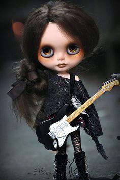 ~ Gish ~ | little grunge girl OOAK #70 Gish is an aspiring m… | Flickr