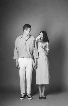 36 Trendy wedding photography for photographers simple Couple Photography Poses, Couple Portraits, Couple Posing, Couple Shoot, Food Photography, Pre Wedding Shoot Ideas, Pre Wedding Poses, Pre Wedding Photoshoot, Foto Wedding