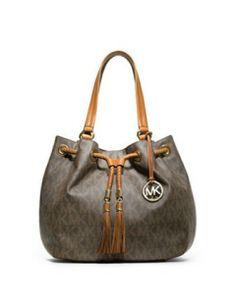 "MICHAEL KORS Large Jet Set Gathered Tote-my new ""go to"" purse."