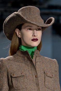 Veronique Branquinho Details A/W '13 A cowboy hat look in tweed. #millinery #judithm #hats