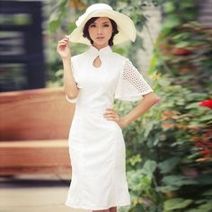 Fragrant pure white cut-out cheongsam dress. The White Snake Lady