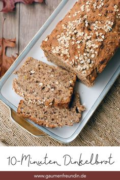 Schnelles Dinkel-Vollkornbrot - super saftig Fast and super juicy spelled bread with nuts Healthy Food List, Easy Healthy Recipes, Easy Dinner Recipes, Dessert Recipes, Easy Meals, Healthy Seeds, Healthy Chicken, Rice Cakes, Pampered Chef