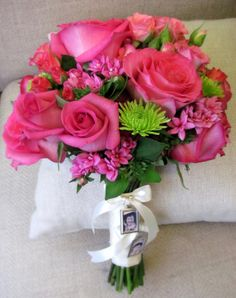 bright pink and green bridal bouquets | ridal bouquet for a bright and simple outdoor wedding at Wachusett ...