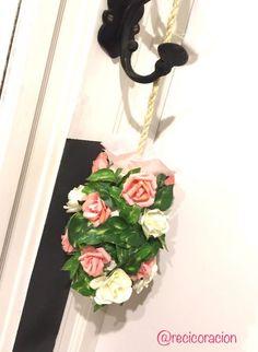 colgante de flores inclinado